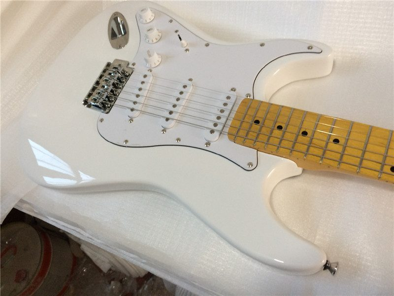 Fender Stratocaster Left Gallery (1/6)