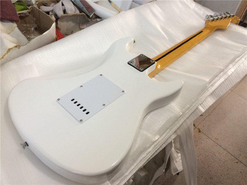 Fender Stratocaster Left Gallery (3/6)