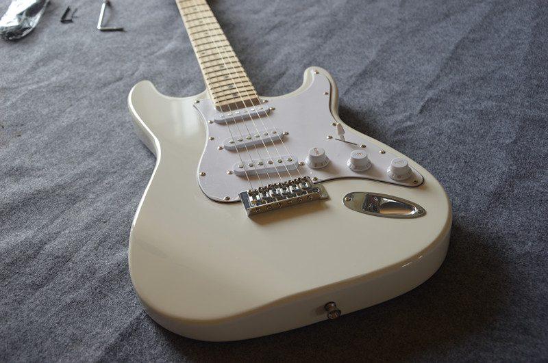 Fender Stratocaster Gallery (11/13)