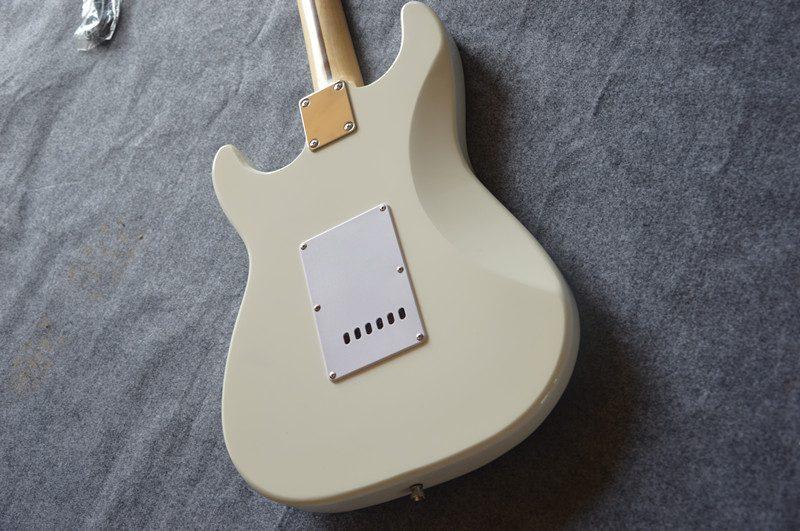 Fender Stratocaster Gallery (12/13)