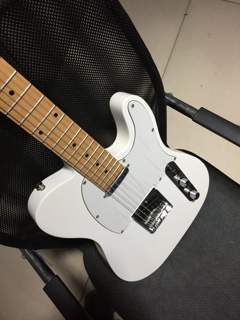 Fender Telecaster (2/14)