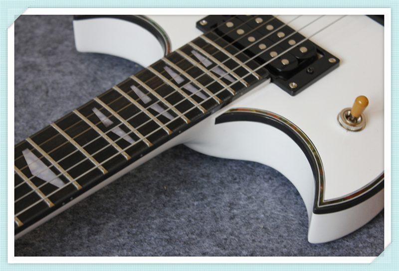 Yamaha SG 200 (4/6)